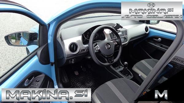 Volkswagen up! HighUp