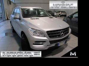 Mercedes-Benz ML-Razred 250CDI 4MATIC AUTOMATIC + NAVIGACIJA + PDC + DEL.USNJE + TEMPOMAT+ ALU19