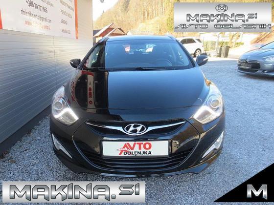 Hyundai i40 Wagon 1.7CRDi PREMIUM+ NAVIGACIJA+ 2 X PDC + KAMERA + POTOVALNI RAČUNALNIK