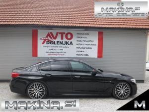 BMW serija 5- 530d xDrive AUTOMATIC + M PAKET + HEAD UP + 360 KAMERA + KEYLESS GO...