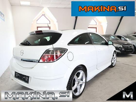 Opel Astra 1.9 CDTI GTC OPC- SLOVENSKO VOZILO- BLACK-WHITE- 18 COL-