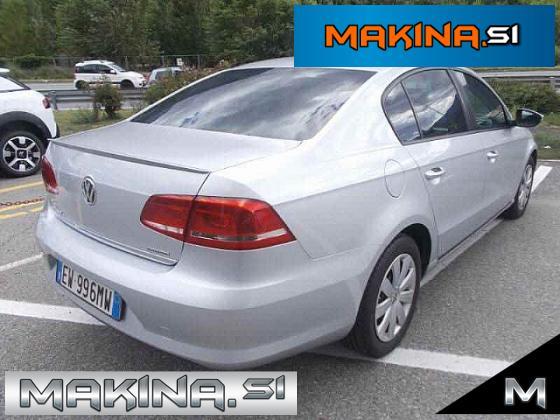 Volkswagen Passat 1.6TDI NAVIGACIJA + 2 X AVTOMATSKA KLIMA + POTOVALNI RAČUNALNIK + ELEKTRIČNA STEKLA + LE 124840...
