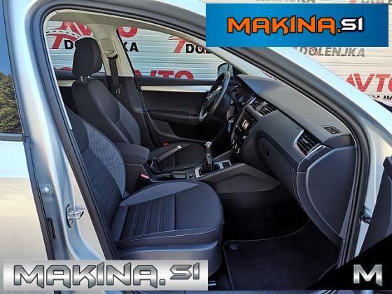 Škoda Octavia 1.6TDI EXECUTIVE Navigacija- 2 x PDC- Tempomat- LED